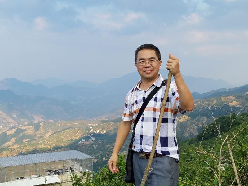 学员代表·市环保局环境监察分局副局长,惠来县靖海镇葛山村扶贫驻村